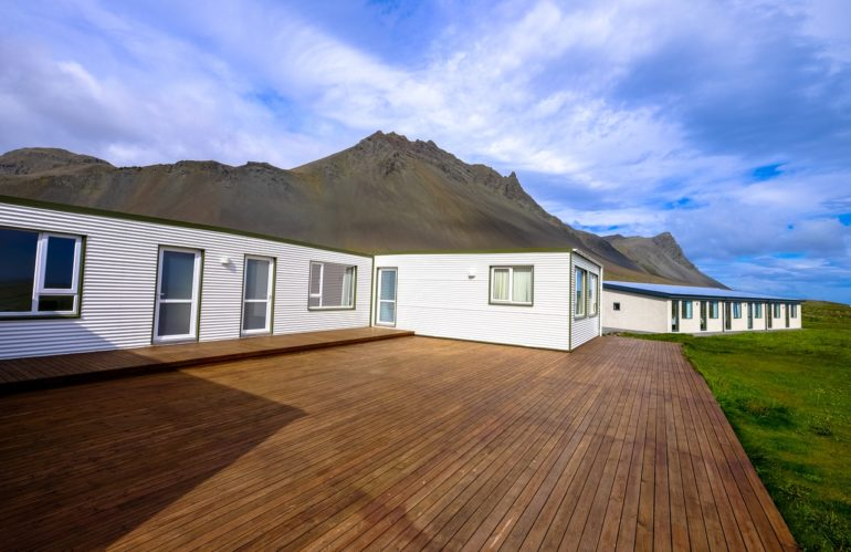 Choisir sa terrasse en bois : quels critères prendre en compte ?