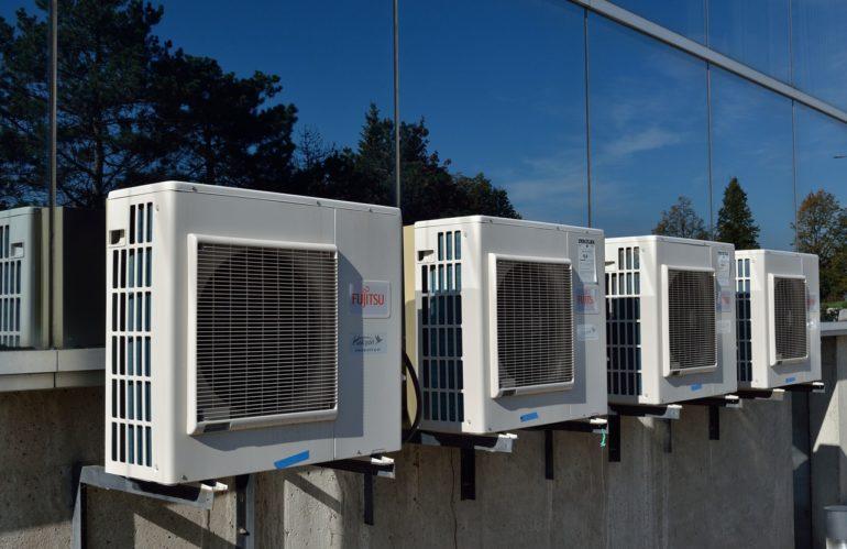 Climatiseur ou rafraîchisseur d'air : quelle est la solution la plus économique ?