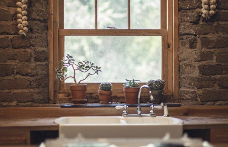 Nos conseils pour transformer une fenêtre fixe en fenêtre ouvrante
