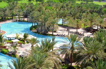 creer-un-espace-paysager-en-bord-de-piscine