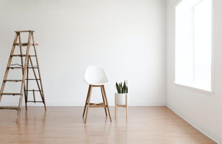 Comment donner du style à une pièce peinte en blanc?